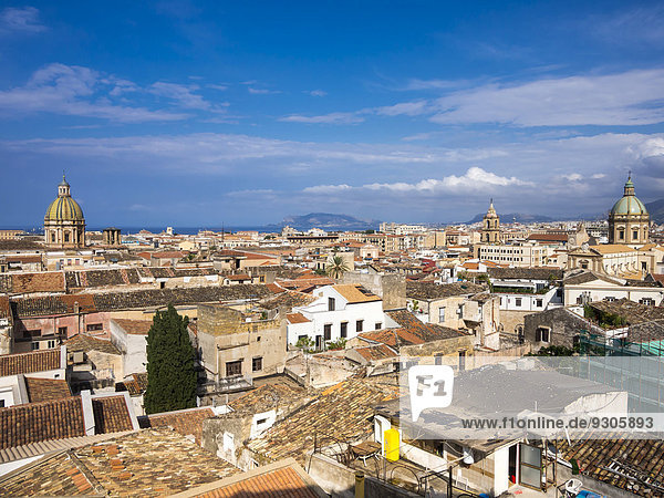 View from the church SS Salvatore across the historic centre  the church of San Giuseppe dei Teatini to the left  the Chiesa del Gesù to the right  Palermo  Sicily  Italy