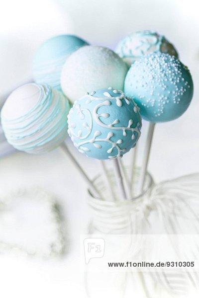 Hochzeit weiß Dekoration Menschlicher Vater Kuchen blau