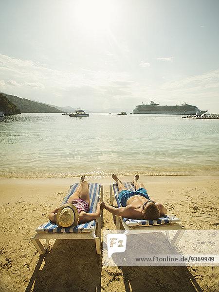 Europäer Stuhl Strand halten Terrasse