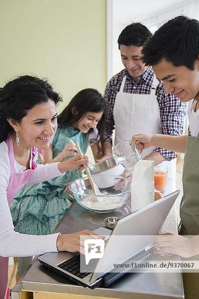 Hispanier Küche backen backend backt