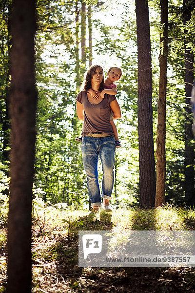 tragen, Wald, huckepack, Tochter, Mutter - Mensch