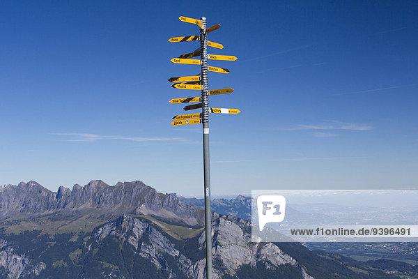 Europa Berg Weg Wegweiser Wanderweg Rheintal Schweiz