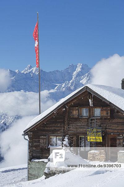 Hütte Europa Berg Winter Wohnhaus Hotel Restaurant Fahne Verbier Gastronomie Schweiz