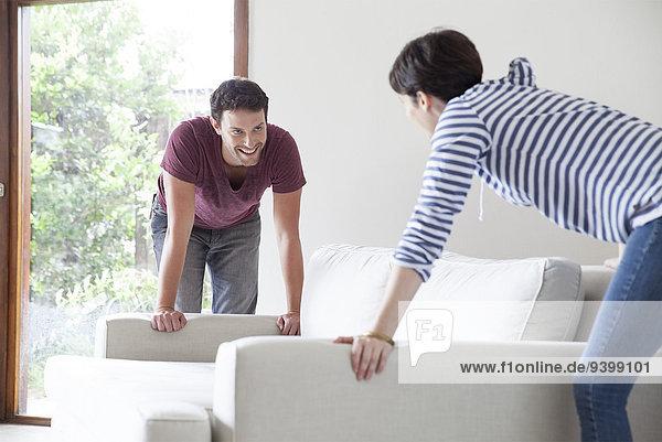 Paar bewegliches Sofa gemeinsam