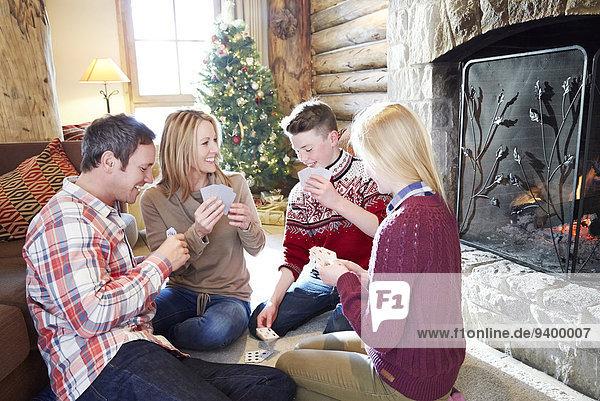 Gemeinsames Familienspiel