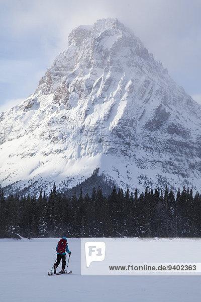 Nationalpark Frau Gesundheitspflege See frontal Skisport 2