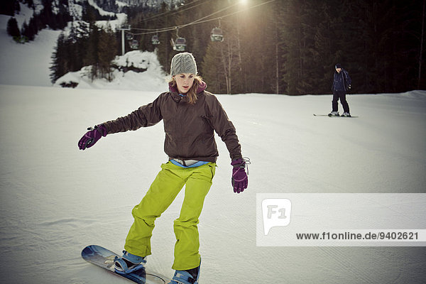 junge Frau junge Frauen Berg Snowboarding Whistler Mountain