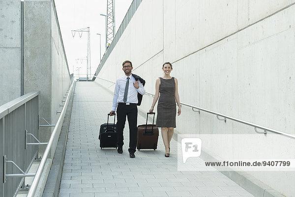 Freundschaft Reise 2 Business