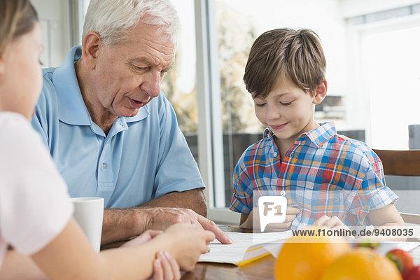 Großvater Hausaufgabe