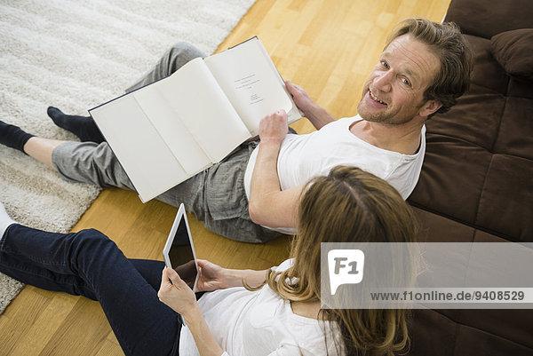 Zimmer Tablet PC Dokument Wohnzimmer