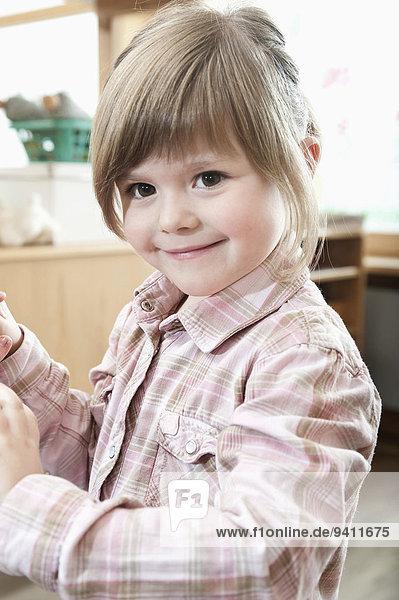 Kindergarten Portrait lächeln klein Mädchen Kindergarten,Portrait,lächeln,klein,Mädchen
