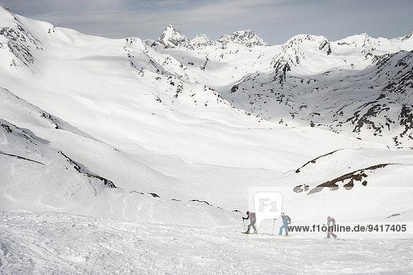 Berg Winter Tagesausflug Ski querfeldein Cross Country Schnee