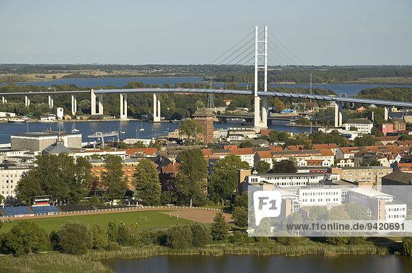 Rügenbrücke  Stralsund  Mecklenburg Vorpommern  Deutschland