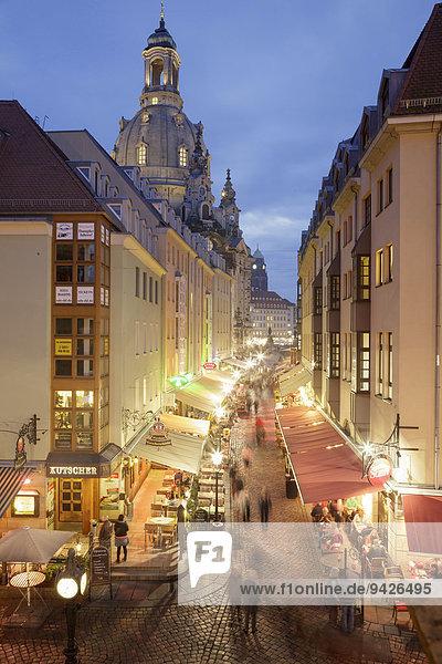 Münzgasse  eine beliebte Straße mit vielen Restaurants und Cafés  Dresden  Sachsen  Deutschland