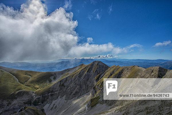 Berggipfel  Monte Vettore  Monti-Sibillini-Nationalpark  Umbrien  Italien