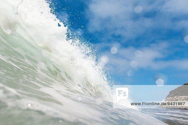 Nahaufnahme der Meereswelle  Encinitas  Kalifornien  USA