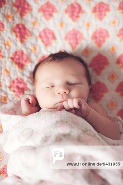 Baby Mädchen schläft Baby Mädchen schläft