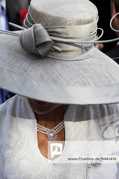 Kleidung Hochzeit Hut
