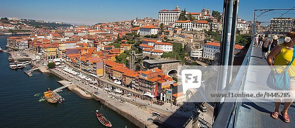 The Luís I or Luiz I Bridge  Ponte Luís I  Douro river  Porto  Portugal  Europe.