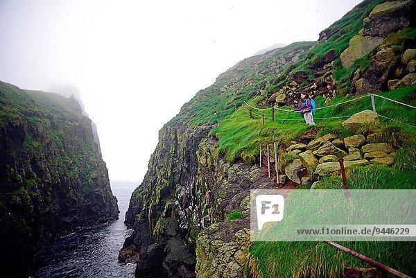 junge Frau junge Frauen Insel wandern