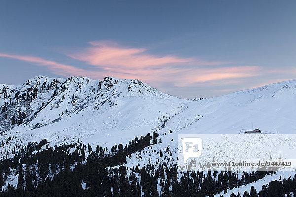 Morgenrot über der Schneid  Seiseralm  Südtirol  Italien  Europa