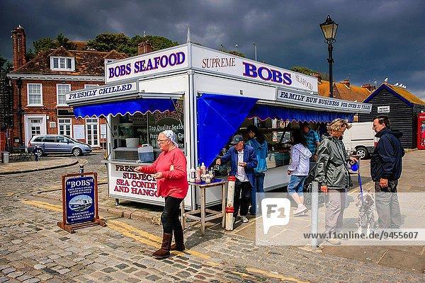 Tradition verkaufen Speisefisch und Meeresfrucht Laden mögen Kent alt