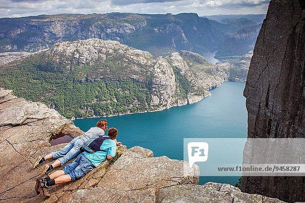 Drehzahlmesser über Norwegen wandern Zimmer Stavanger