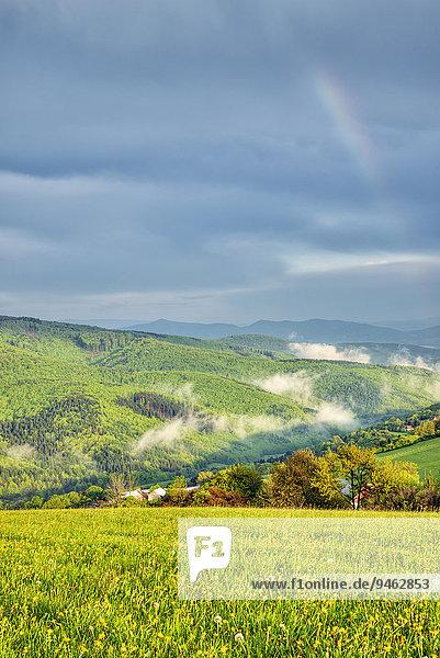 Landschaft  Landschaftsschutzgebiet Bile Karpaty  Weiße Karpaten  Zitkova  Tschechien  Europa