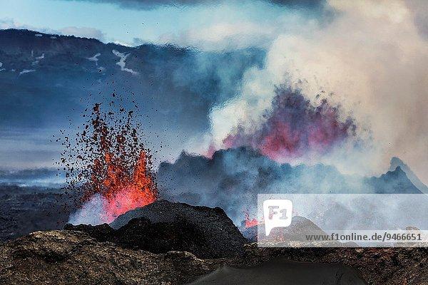 nahe unterhalb Vulkanausbruch Ausbruch Eruption Vulkan Bewegung eindringen Vatnajökull Entdeckung Start 3 Spalt Island