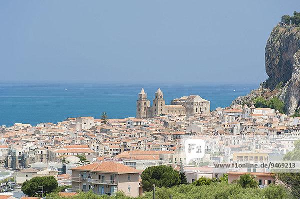 Stadtansicht Cefalù  Sizilien  Italien  Europa