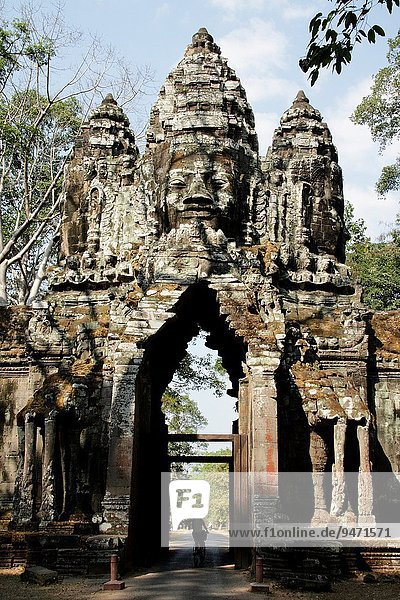 Wall carved with figures of Apsaras  Celestial Dancers of th ehindu religion. 12th century. Temple complex of Angkor Wat. Siem Reap  Cambodia.