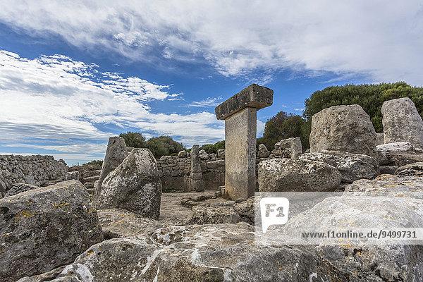 Torralba d?en Salord  talaiotisches und mittelalterliches Dorf  Megalithen  2000 v. Chr.  Ausgrabungsstätte  Menorca  Balearen  Spanien  Europa