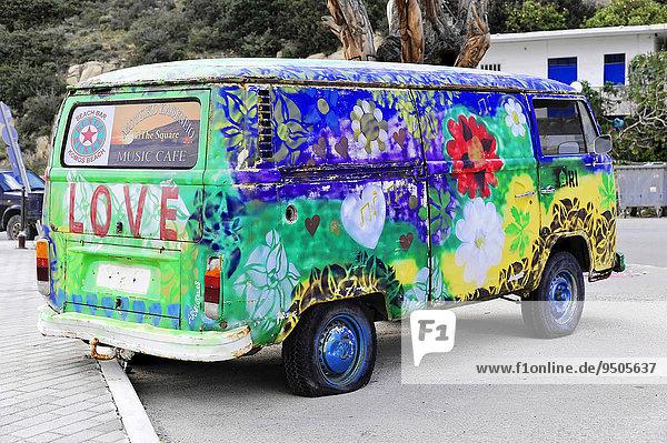 Alter bemalter VW-Bus  Hippie-Bus  Matala  Kreta  Griechenland  Europa