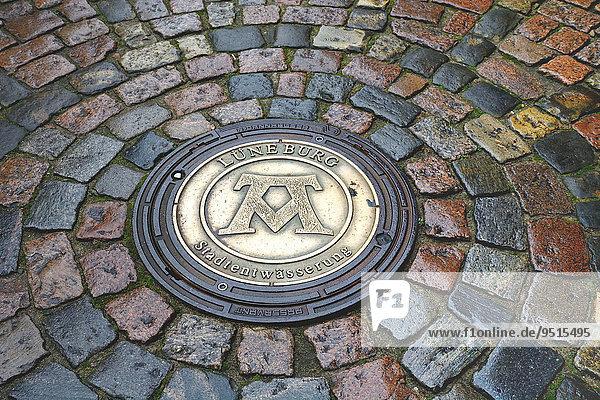 Gullydeckel  Lüneburg  Niedersachsen  Deutschland  Europa