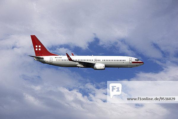 D-APBB PrivatAir Boeing 737  in flight