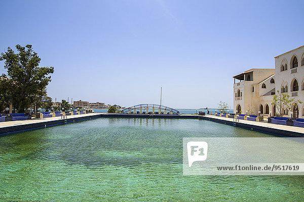 Pool eines Luxushotels  Massawa  Eritrea  Afrika