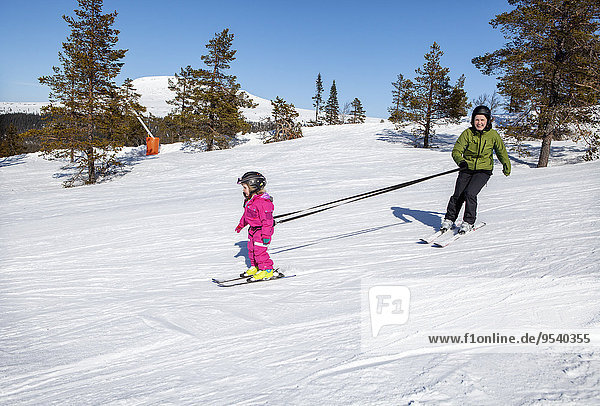 unterrichten Skisport Tochter Mutter - Mensch