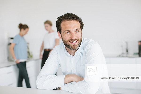 Mann Büro Mittelpunkt Erwachsener