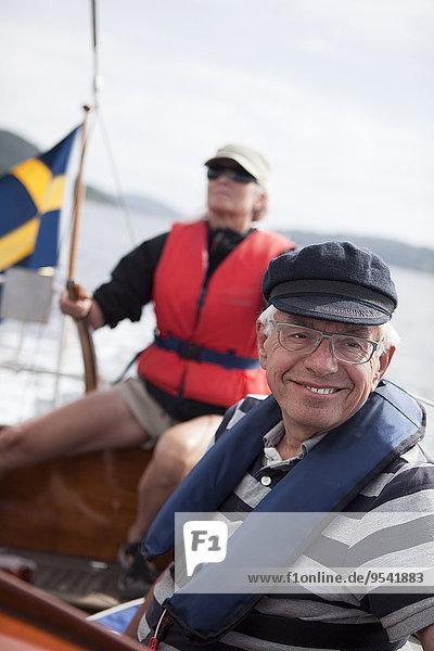 Segeln Senior Senioren Mann und Frau