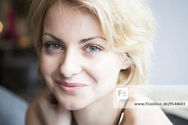 Portrait Frau Cafe Close-up Hoffnung