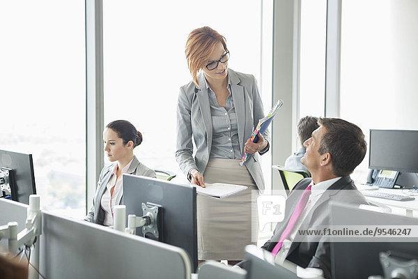 Mensch Organisation organisieren Büro Menschen offen arbeiten Business