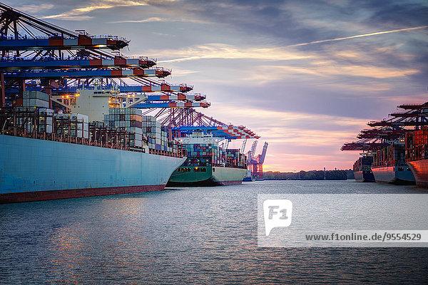 Deutschland  Hamburg  Containerschiffe im Hafen Deutschland, Hamburg, Containerschiffe im Hafen