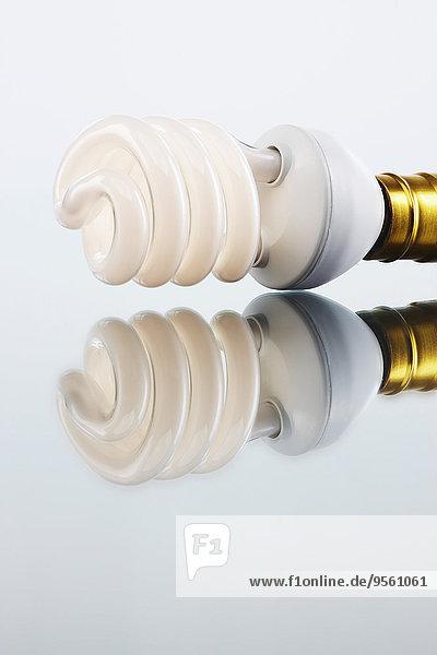 Energie energiegeladen Glühbirne Effizienz