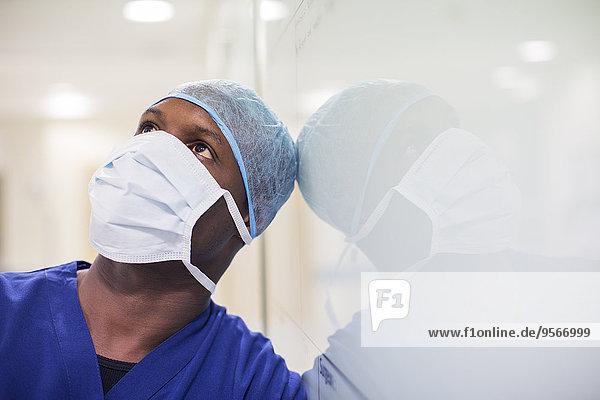 Porträt des Chirurgen im Krankenhaus