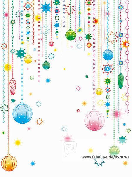 Weihnachtliche Dekoration hängt herab