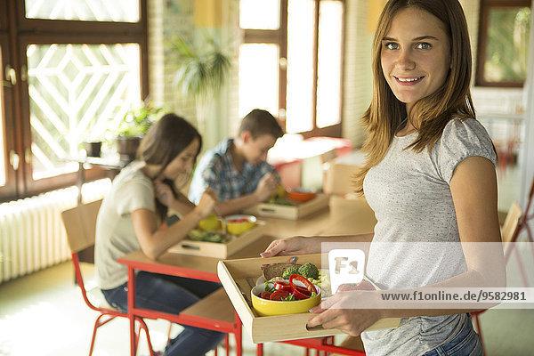 tragen Schule (Einrichtung) Student Cafeteria Mittagessen