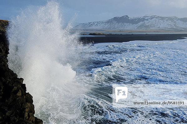Felsen Strand planschen Steilküste