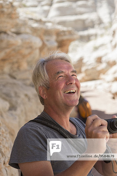 Felsbrocken Europäer Mann Anordnung fotografieren alt