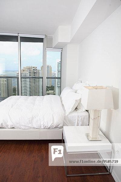 Fenster Schlafzimmer Bett Lampe modern
