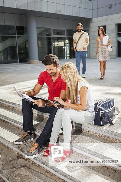 Boden Fußboden Fußböden Student Campus
